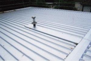 flat-metal-roofing
