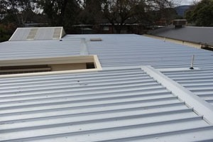 flat metal roofing service in melbourne
