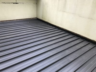 flat metal roofing within melbourne